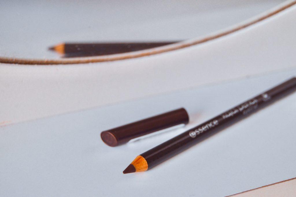 hnedá ceruzka